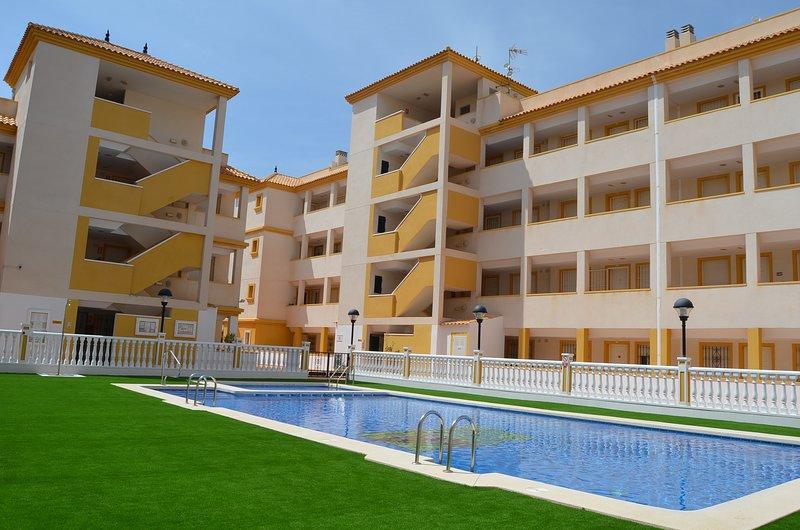 Ribera Beach 2 - 1509, aluguéis de temporada em Islas Menores