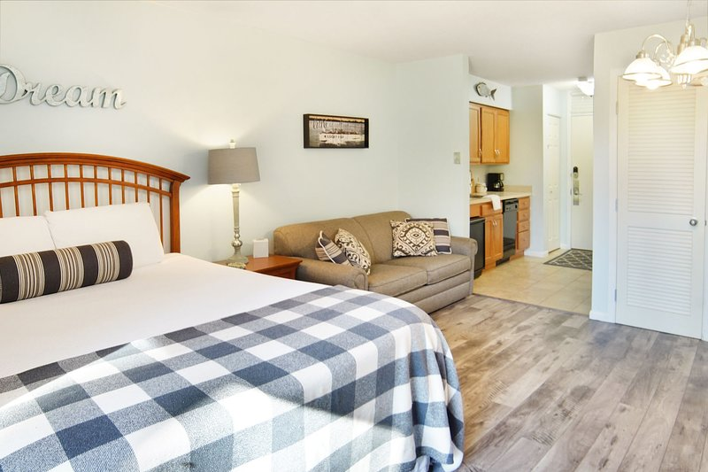 Features a comfy Queen bed and a Queen sleeper-sofa!