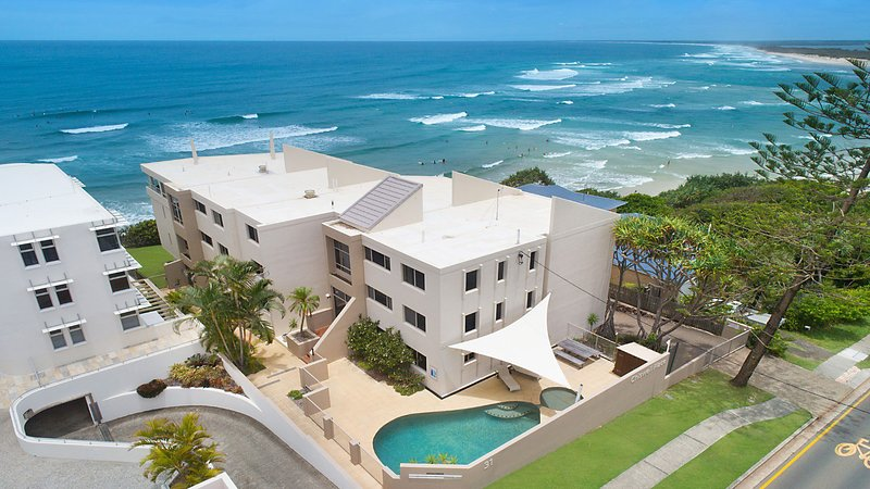 Chiswell Place Unit 11 Kings Beach QLD, vacation rental in Kings Beach