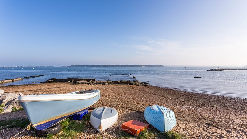 Catalina Apartment, holiday rental in Poole