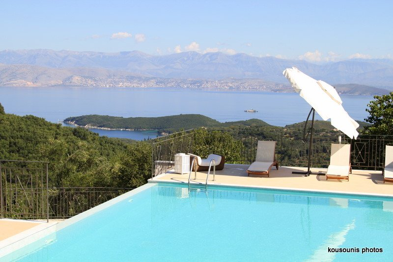 Villa Anemos Kassiopi, holiday rental in Agios Stefanos