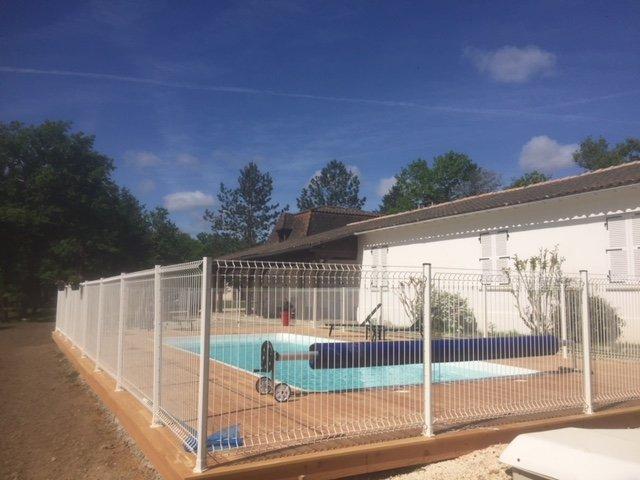 DOMAINE DE LEYNIE DANS LE PERIGORD, vacation rental in Eygurande-et-Gardedeuil