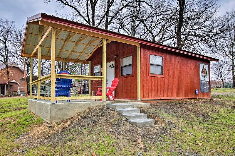 La cabina cuenta con un patio cubierto para que usted disfrute.