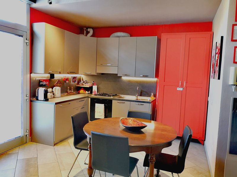 RedTwin NUOVO, in pieno CENTRO RAVENNA, vacation rental in Gambellara