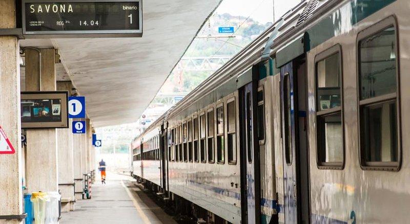 Stazione di La Spezia Centrale: a soli 4 minuti! (296 m a piedi)