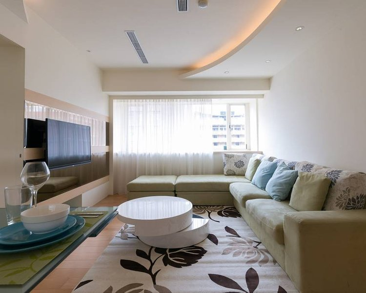 Half Minute to MRT Perfect for Families, holiday rental in Zhongshan District