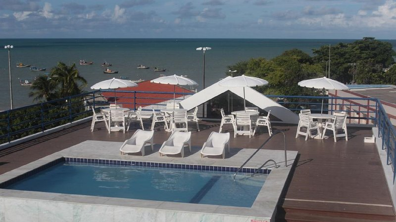Flat In-Sonia 4 - À beira mar na Praia de Tambaú, vacation rental in State of Paraiba