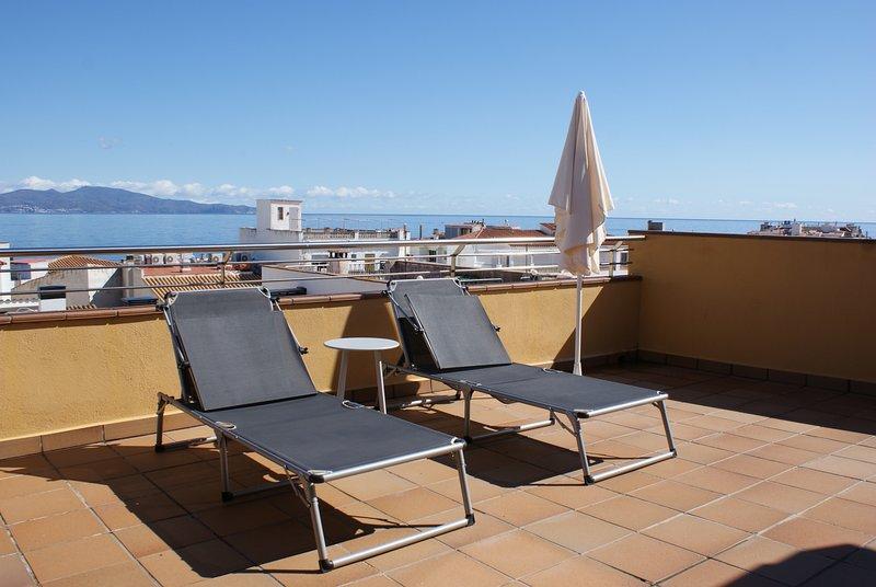 EL XIC 3-2, holiday rental in L'Escala