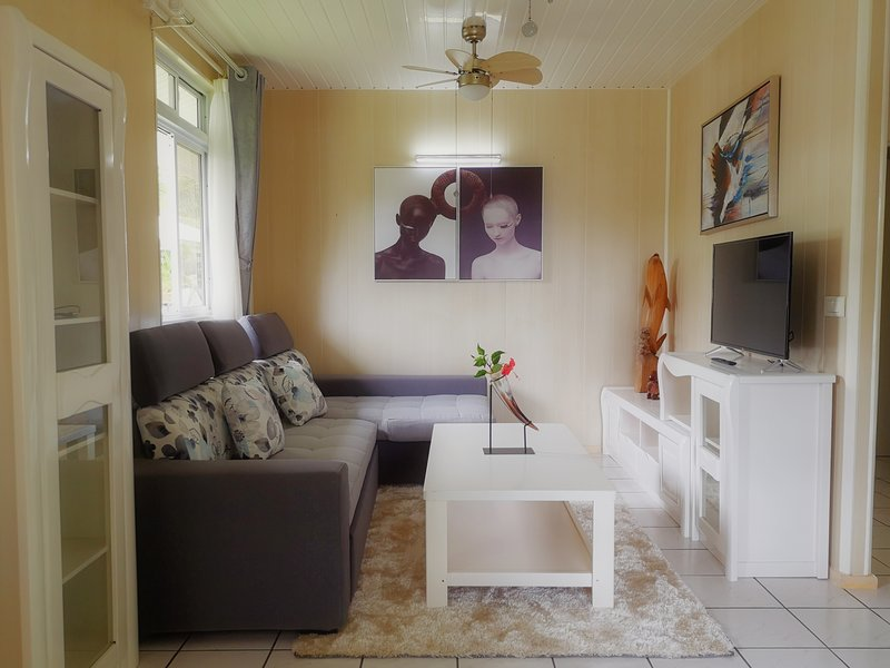 Tiare by Lagoon Dream, vacation rental in Society Islands