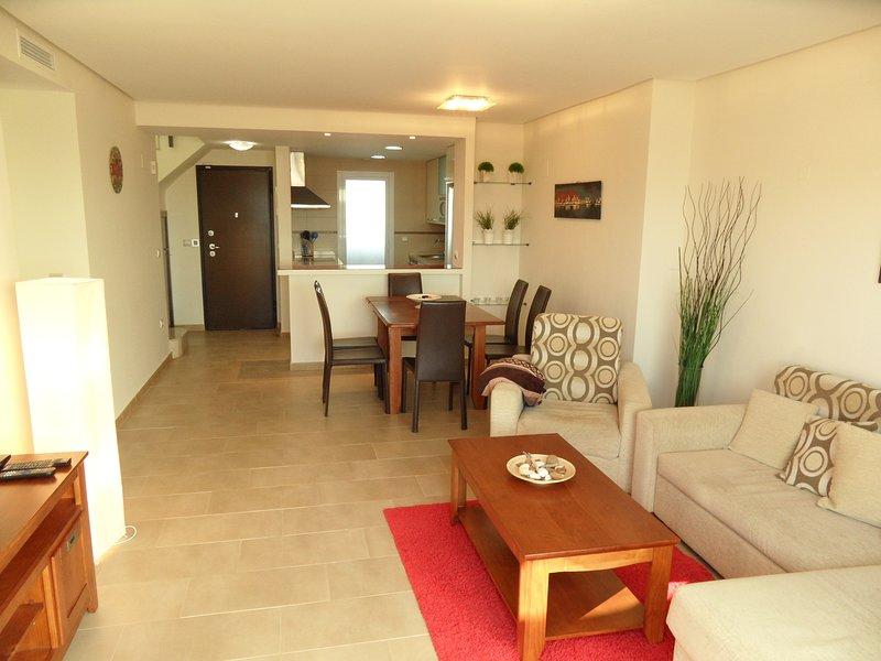 Mar De Pulpi 26  3 bedrooms Luxury apartment 3 min walk to the beach. WIFI.AIRCO, holiday rental in San Juan de los Terreros