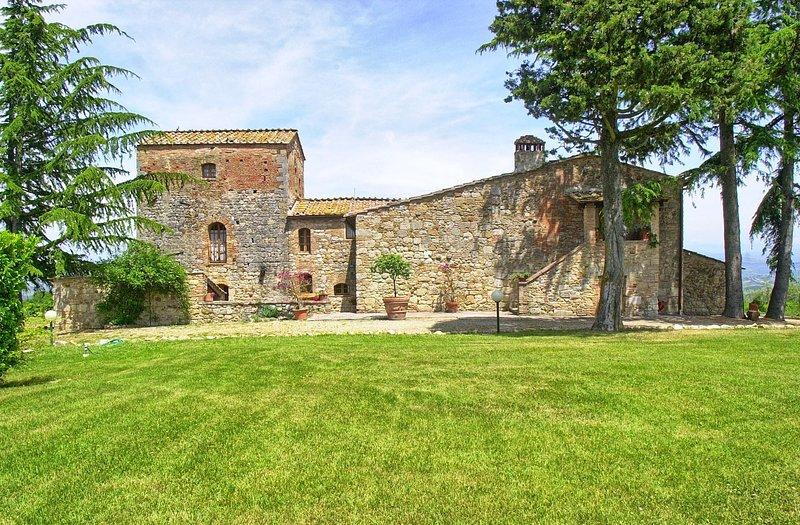 Pancole Villa Sleeps 12 with Pool and WiFi - 5784144, casa vacanza a Pancole