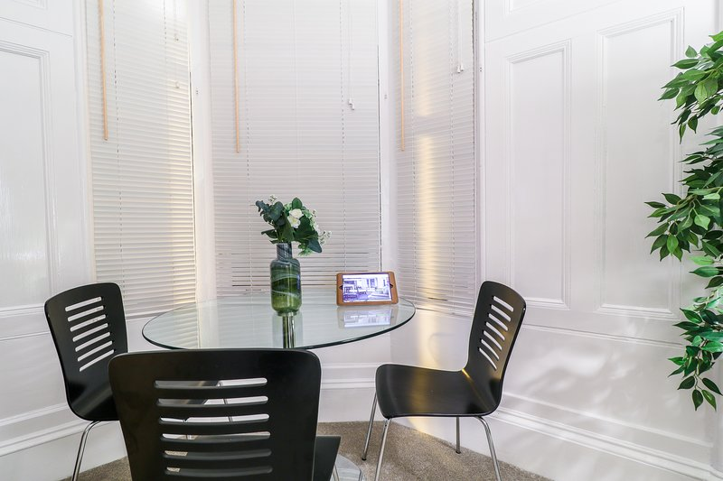 Dining area in Bay Window.