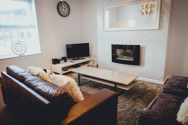 The Penthouse - Simple2let Serviced Apartments, casa vacanza a Brighouse