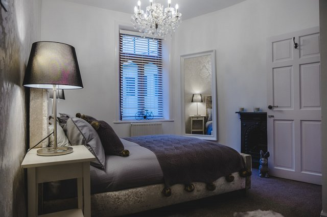 St John's Cottage - Simple2let Serviced Apartments, casa vacanza a Brighouse