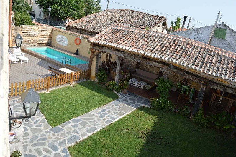 Amazing house with swimming-pool, holiday rental in Campo de Cuellar