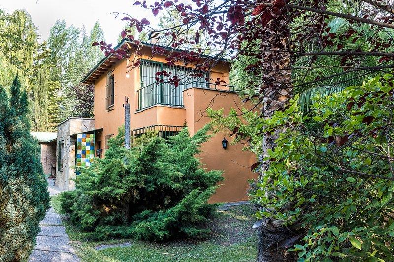 Orange House (Orange House)