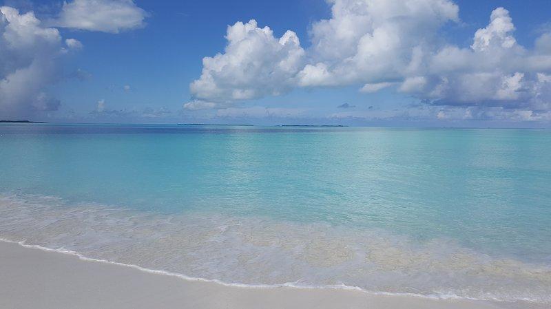 'Serenity by the Sea' at Treasure Cay, Abaco, Bahamas, holiday rental in Treasure Cay