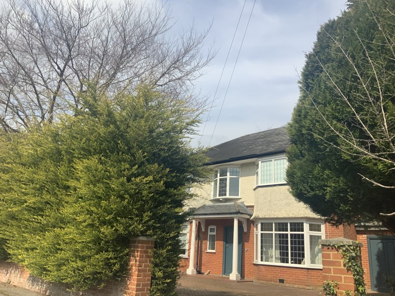 5 Bedroom Modern House with Big Garden, holiday rental in Bournemouth