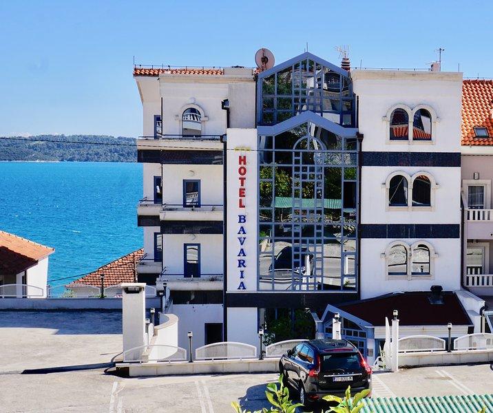 Hotel Bavaria, location de vacances à Gornji Seget