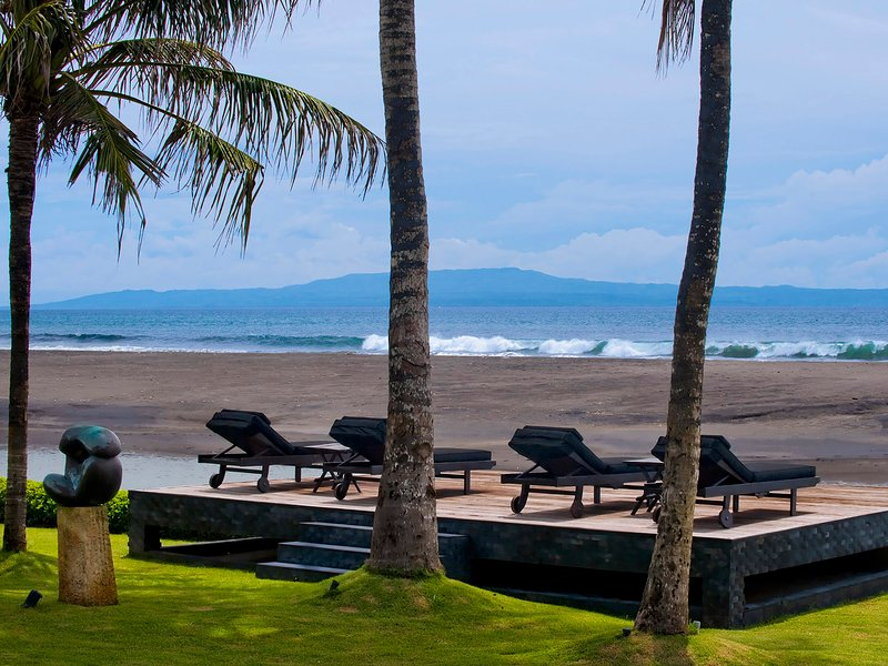 Villa Ylang Ylang - Beach with Nusa Penida on the distance