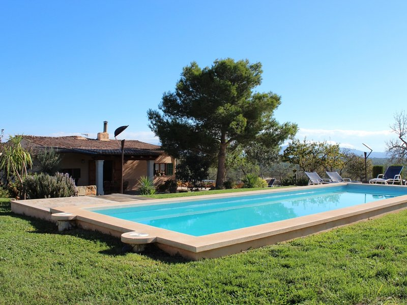Barranc de Son Fullos - Beautiful country house with pool and terrace, vacation rental in Santa Margalida