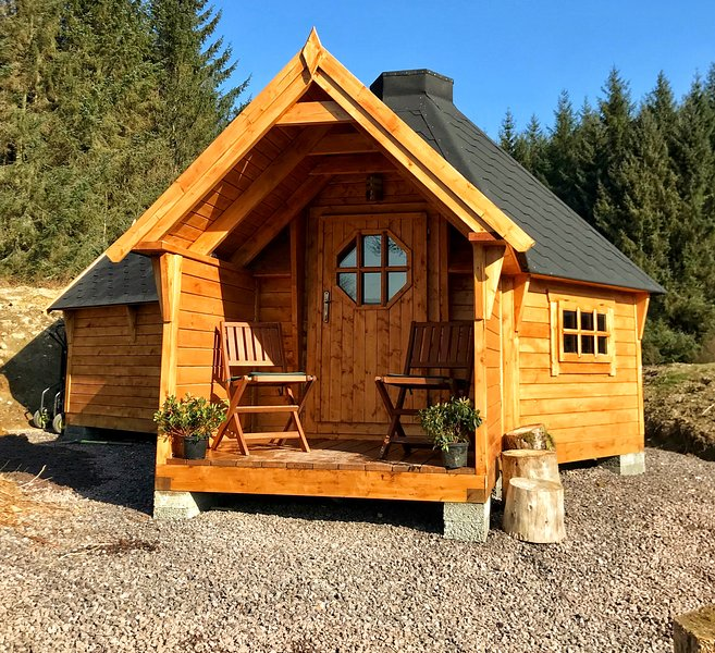 The Nest Glamping Pod with bathroom, location de vacances à Dalmally