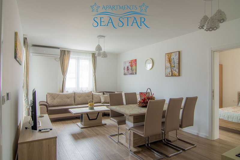 Sea Star  Lux Apartment, location de vacances à Utjeha