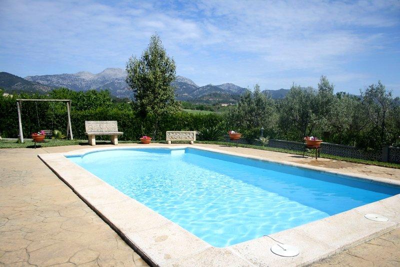 Nueva finca con piscina es Blanquer, alquiler vacacional en Inca