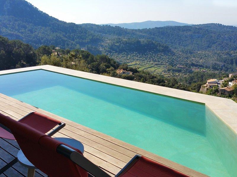 Can Jordi - Spectacular villa with infinity pool in Galilea, location de vacances à Galilea