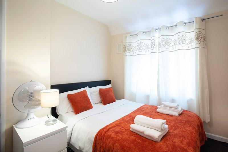 Grand Elite Apartment, location de vacances à Ilford
