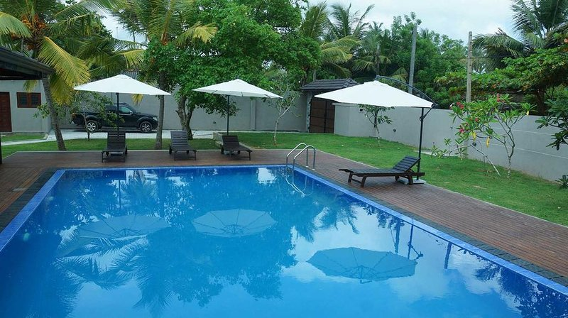 Jetleaf Villa - Wadduwa 'Your Home away from home', vacation rental in Kalutara