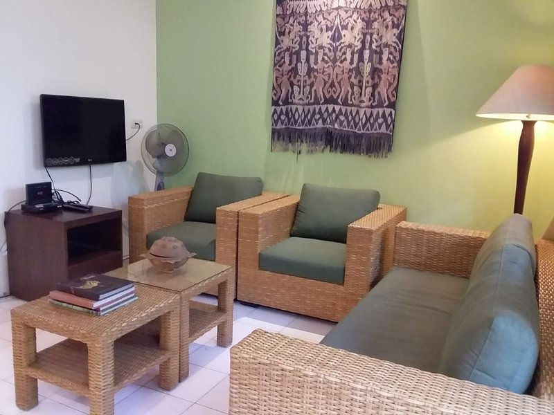 'Pondok Allegria' - Cozy House in Beautiful Area, Ferienwohnung in Bogor