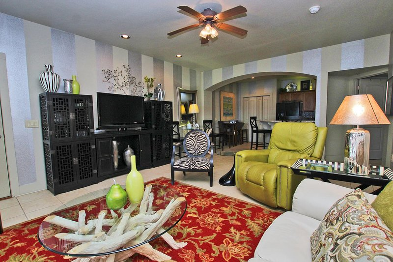 One Club 2415- Beach~ Food~ & True Southern Hospitality! Discover why Gulf, holiday rental in Gulf Shores