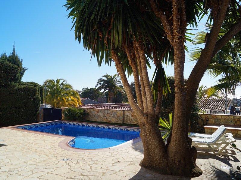 Villenpark Playa Arena House Fischet, vacation rental in Canyelles