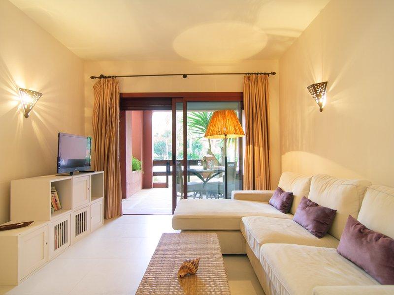 Supersol Muebles De Jardin.Alicate Playa Refurbished Apartment Direct Exit To Garden