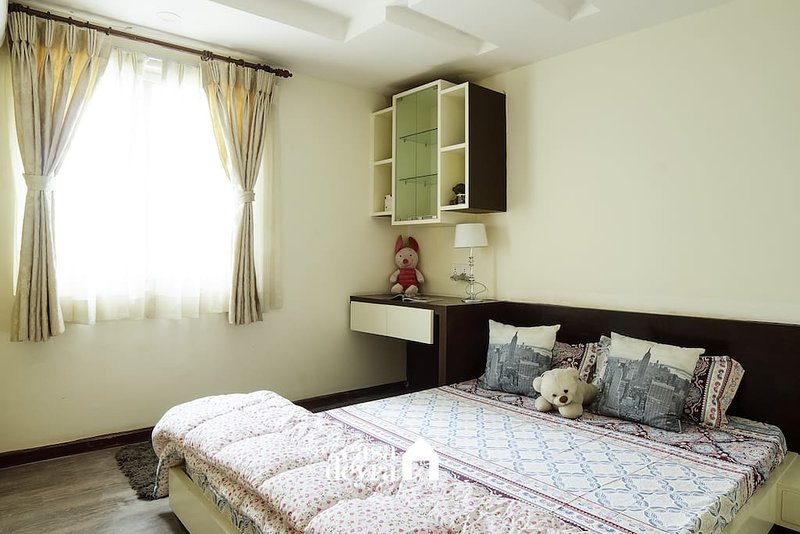 Tucked away Gem |2BHK Apartment by Casa Deyra, vacation rental in Balthali