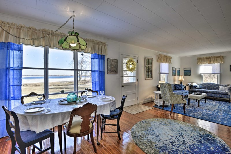 The blue decor perfectly captures the essence of the home's location.