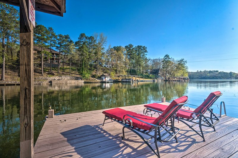 Lake Hamilton Family Home w/Swimming Dock & Kayaks, holiday rental in Pearcy