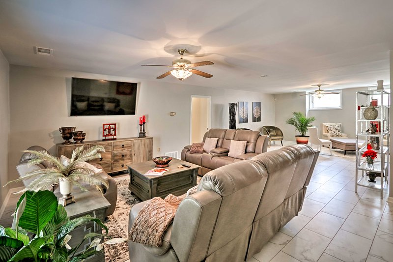 This 4-bed, 2.6-bath vacation rental can accommodate up to 10 lucky travelers.
