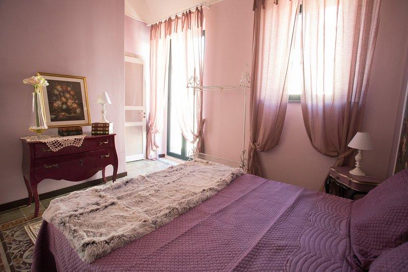 C'ERA UNA VOLTA casa vacanze - appartamento IRIS, location de vacances à Linguaglossa