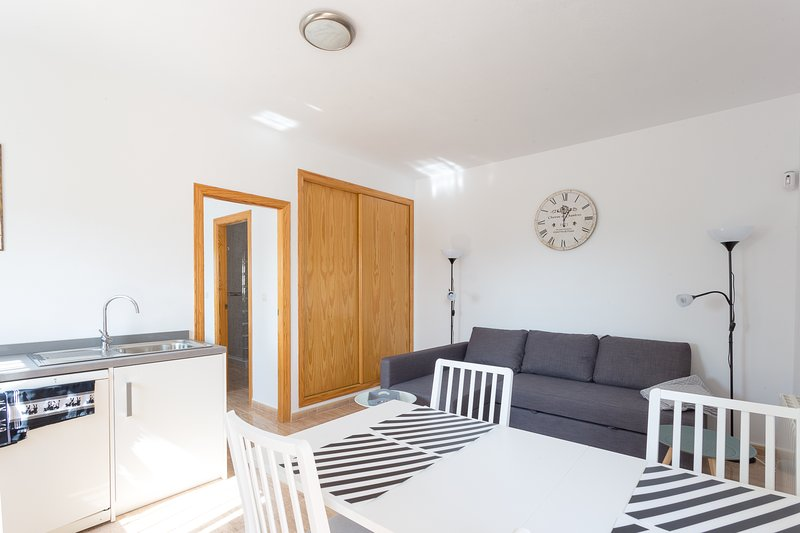 B&B Los Zuecos, appartement 2-4 pers /EUR 73-EUR105 /min 2 nachten, excl ontbijt, holiday rental in La Murada
