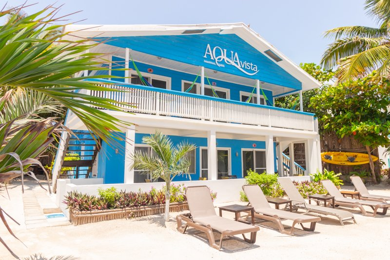 AquaVista Beachfront Suites San Pedro, Belize, holiday rental in San Pedro