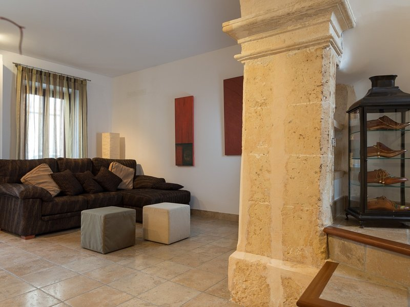 Puça - Beautiful townhouse in the centre of Sa Pobla, holiday rental in Sa Pobla
