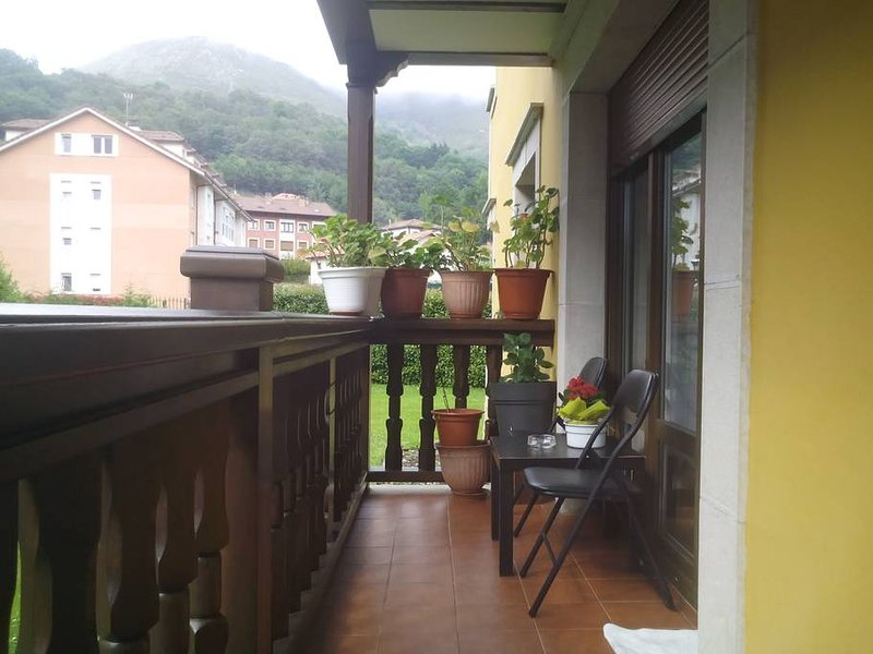 Nice apartment with mountain view, holiday rental in Seguencu