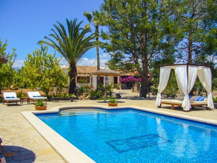 Son Mulet - Beautiful villa with private pool and garden in Llubí, holiday rental in Llubi