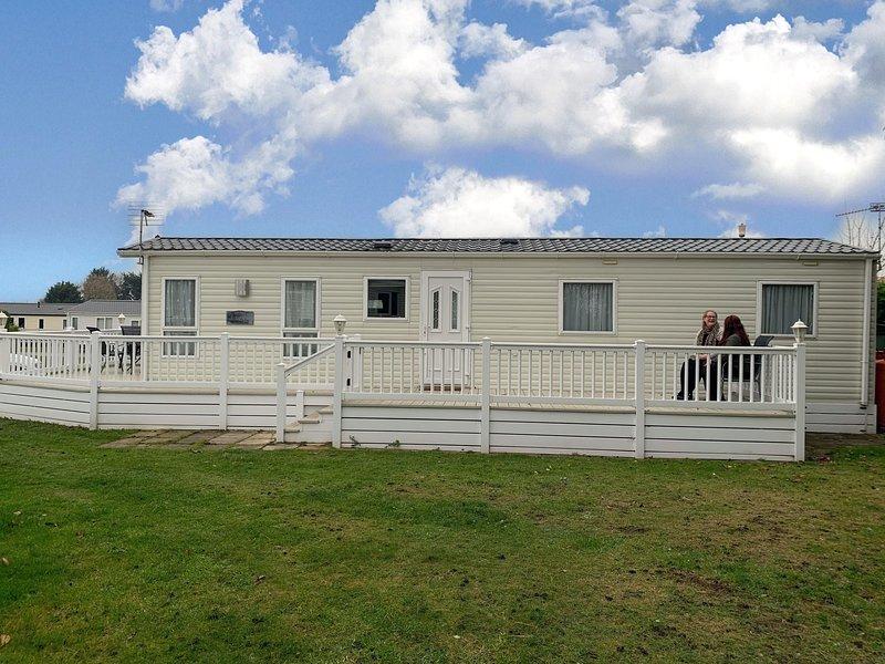 Luxury 8 berth caravan for hire in Norfolk with large caravan.