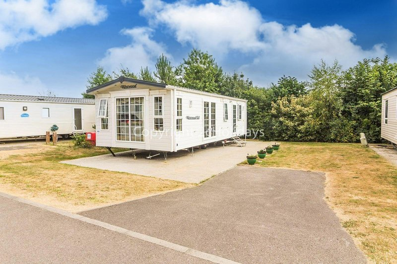 Dog friendly caravan for hire at Breydon water holiday park.