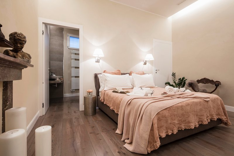 Fratta5 Luxury Apartment, holiday rental in Verona