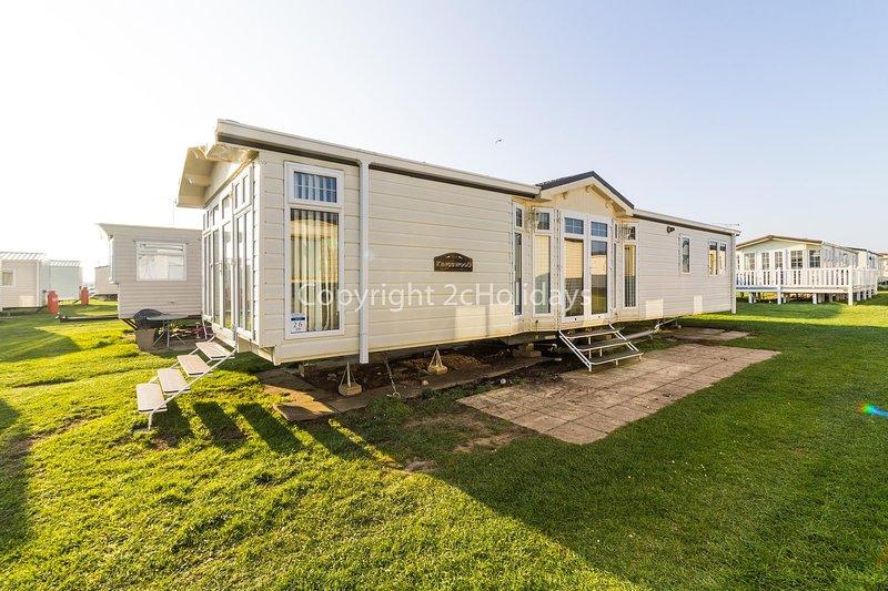 Great caravan by the beach in Norfolk and FREE WIFI ref 50026G, alquiler de vacaciones en California