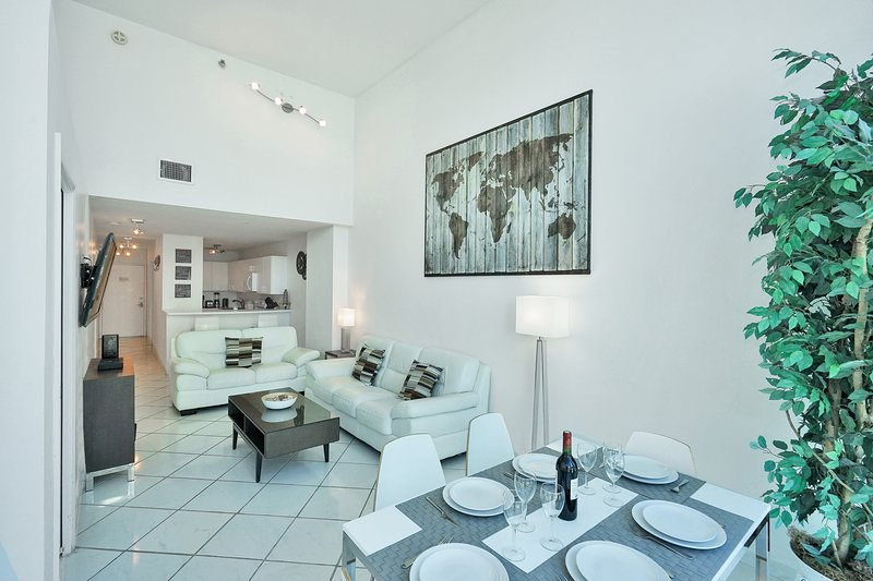 Beautiful 2 Bedrooms Apartment – Walking distance, alquiler de vacaciones en Miami Beach